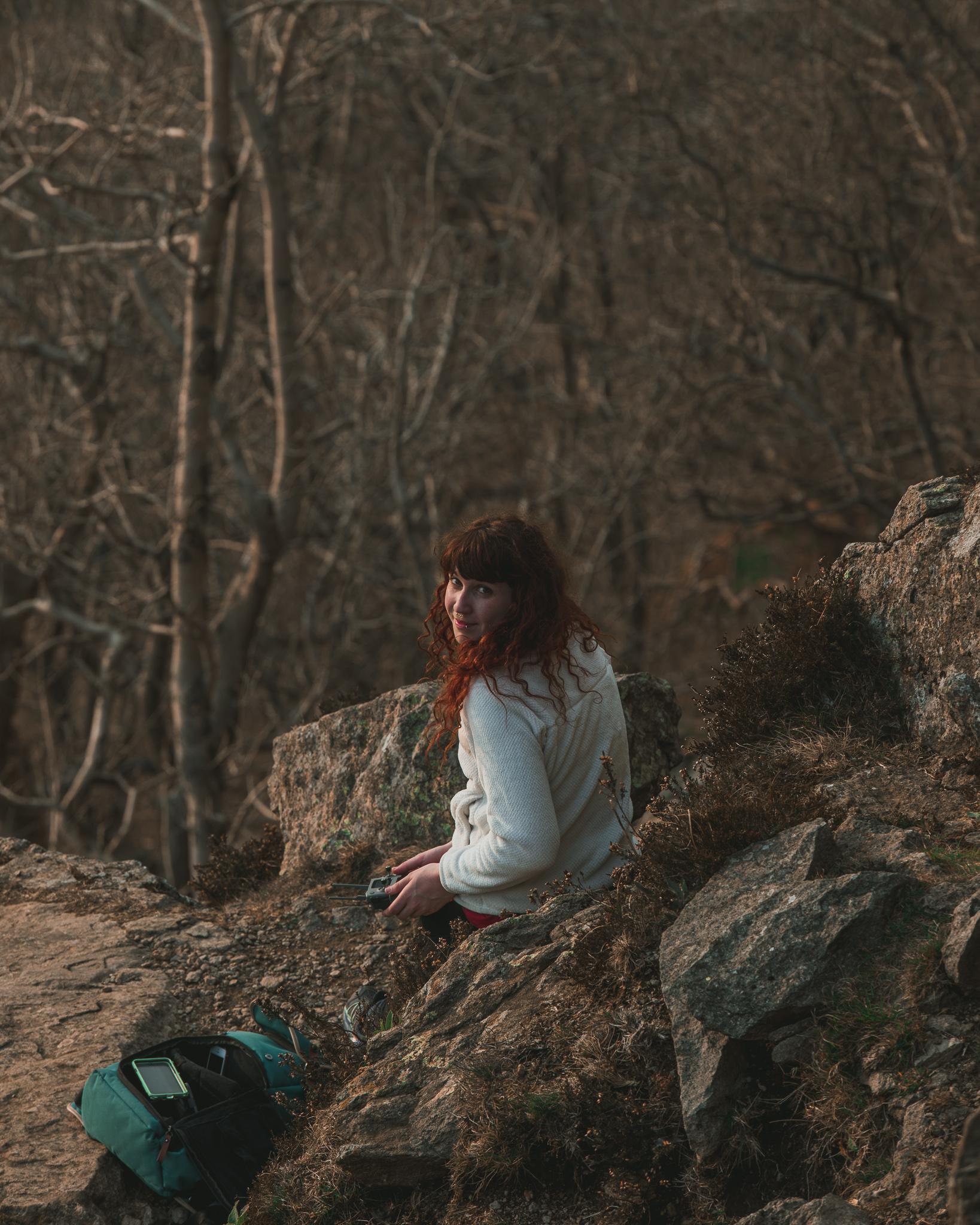 woman climber photographer