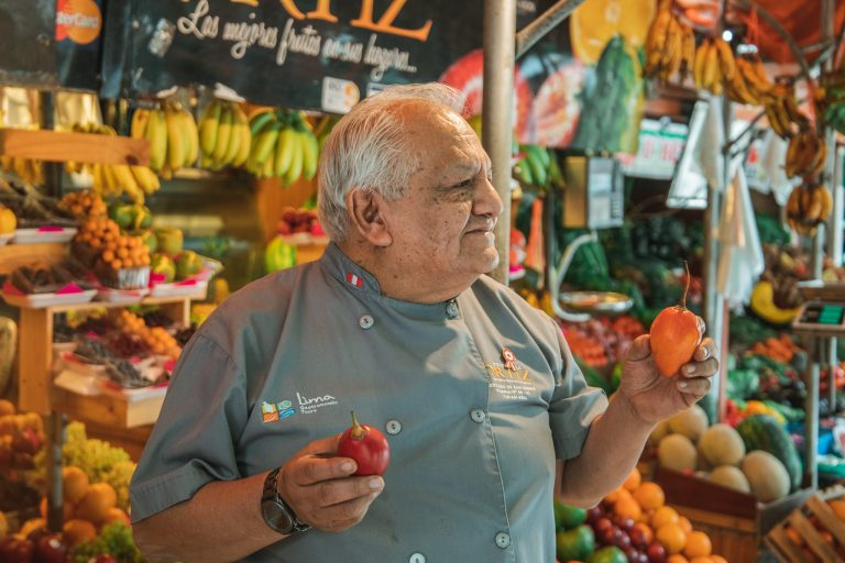 fruit market lima peru