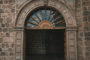 cusco photography door
