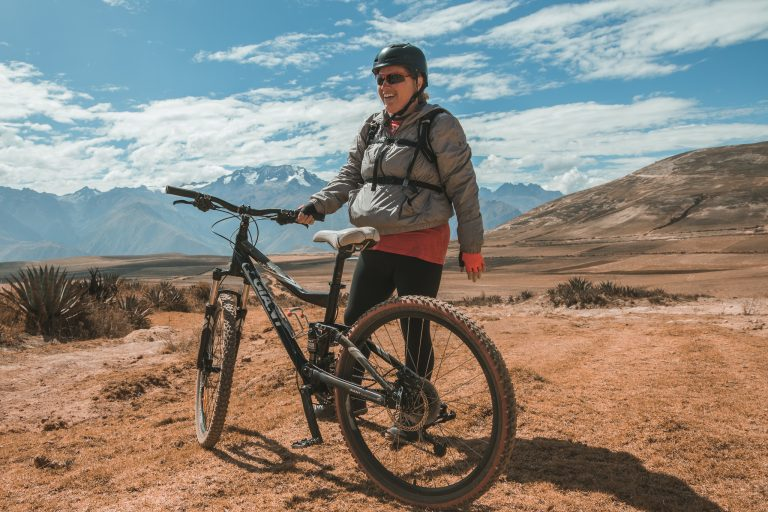 flashpack peru mountain biking sacred valley