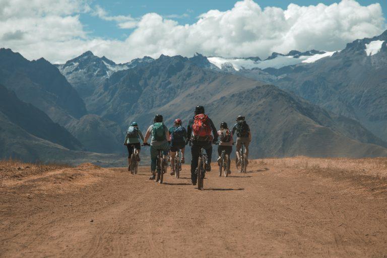 mountain biking tour peru flashpack