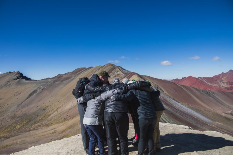 rainbow mountain peru tour group