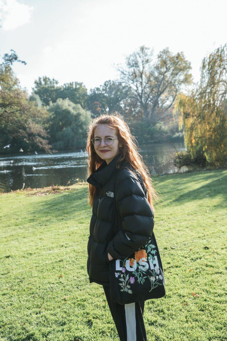 vondelpark amsterdam woman