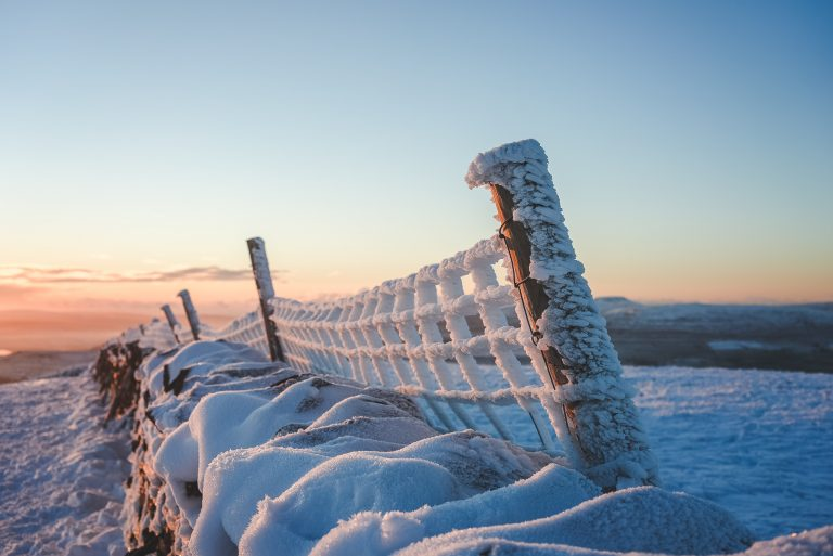 pen y ghent yorkshire dales sunset frosty fence